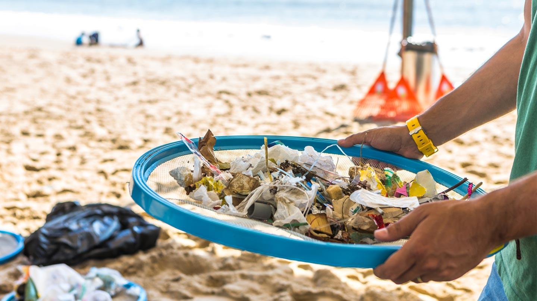 5d18fe057b0 Tackling plastic pollution