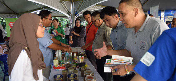 Nestlé & YSD together with Wild Asia Sow Seeds for Sustainable Palm Oil
