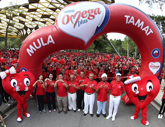 3,800 Malaysians Walk to a Healthier Heart at the 15th NESTLÉ OMEGA PLUS Walk-A-Mile Event